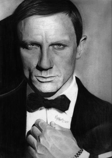 Daniel Craig by maaroufi